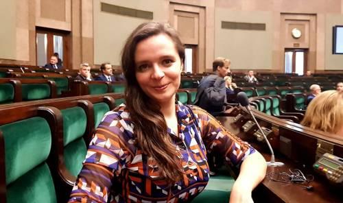 """Klaudia Jachira za ochroną życia dzików """"od poczęcia"""" – Magna Polonia"""